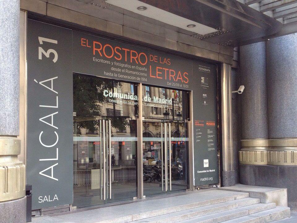 1 - Vinilos y Banderolas para la Sala Alcalá 31 - estudio gd